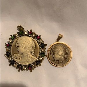 Set of two cameos